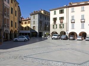 Piazza Duomo a Bobbio